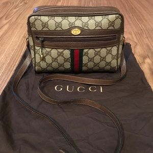 💯% Authentic Gucci crossbody